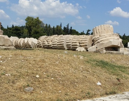 b4Column at Temple of Zeus